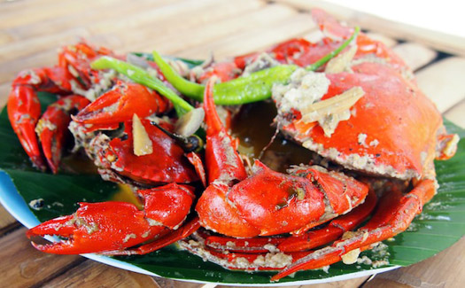 Deepa Paul, El Nido Nacpan beach crab in coconut milk, via Flickr CC BY-SA 2.0